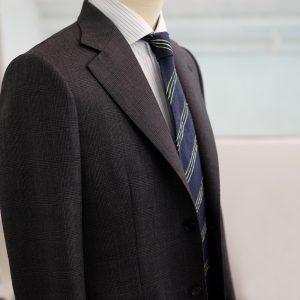 Collaro grey jacket, side profile