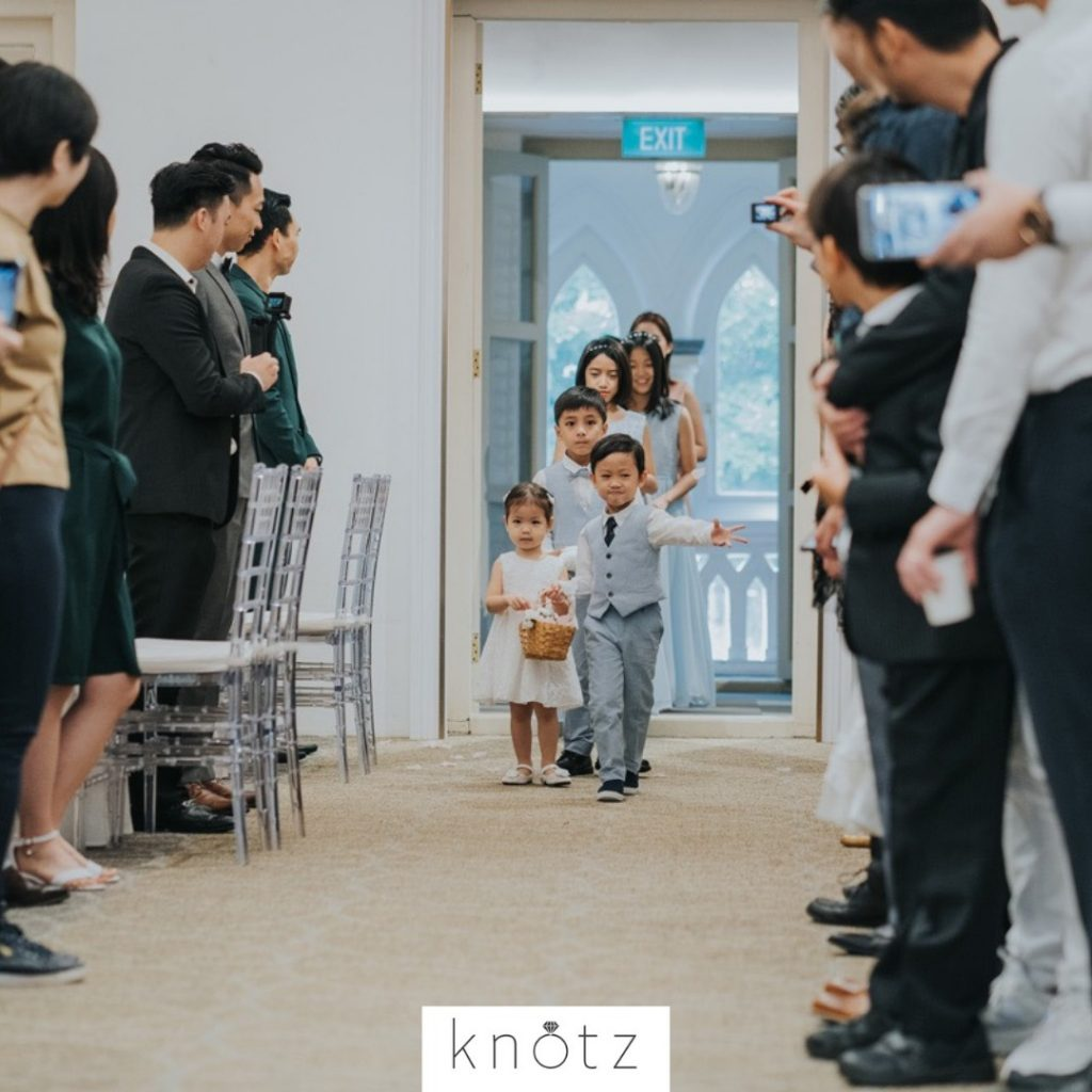 bride makes her entrance